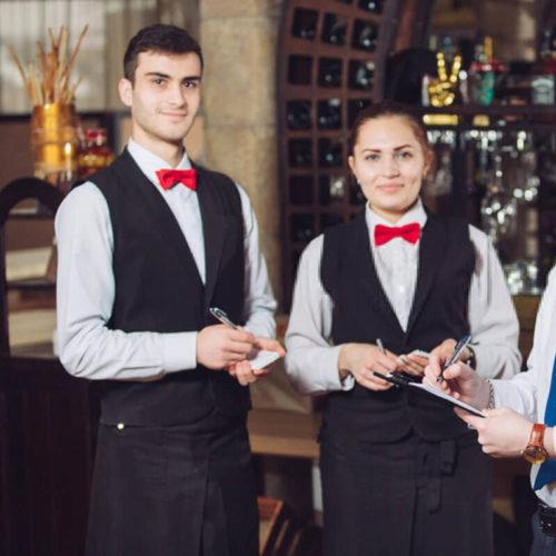 May đồng phục phục vụ khách sạn tại Thomas Nguyen Unifrom