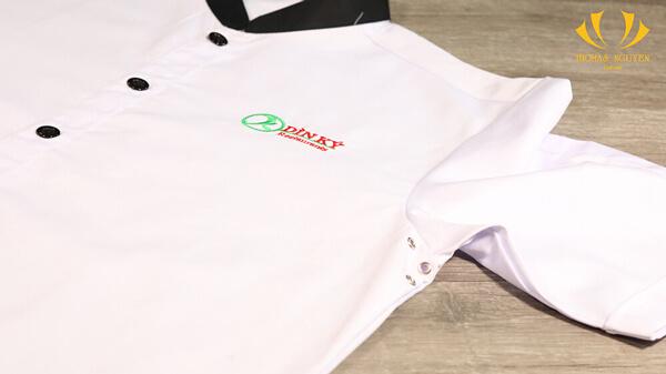 Đồng phục đầu bếp của nhà hàng Dìn Ký