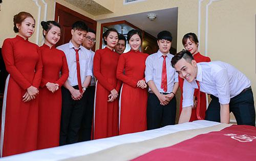Đồng phục khách sạn, quần áo khách sạn, đồ khách sạn