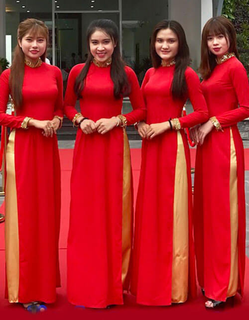 áo dài lễ tân