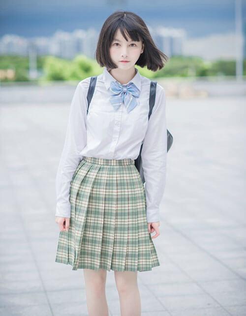 Quần áo học sinh
