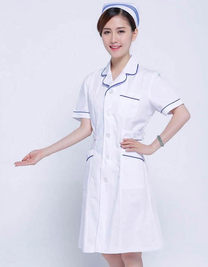 trang phục y tá
