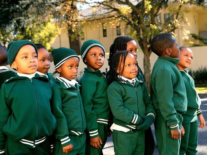 Đồng phục học sinh Nam Phi
