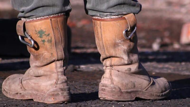 Đồng phục bảo hộ lao động bảo vệ chân