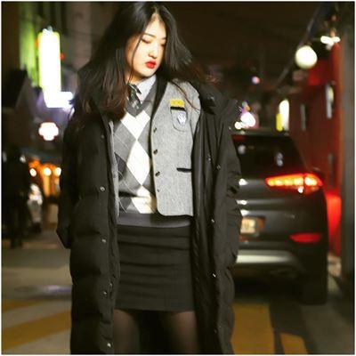 Long padding được xem như một loại áo khoác đồng phục học sinh Hàn Quốc