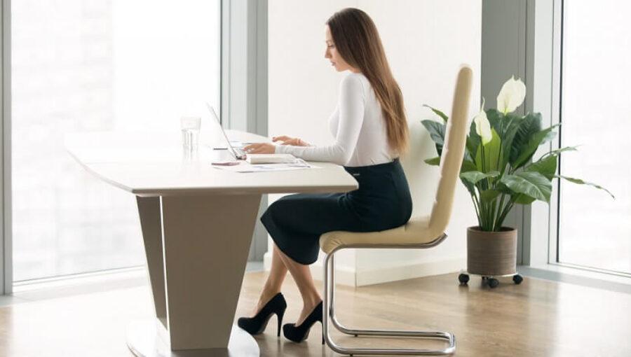 Các mẫu váy công sở đẹp, chuyên nghiệp và thời trang cho nữ nhân viên